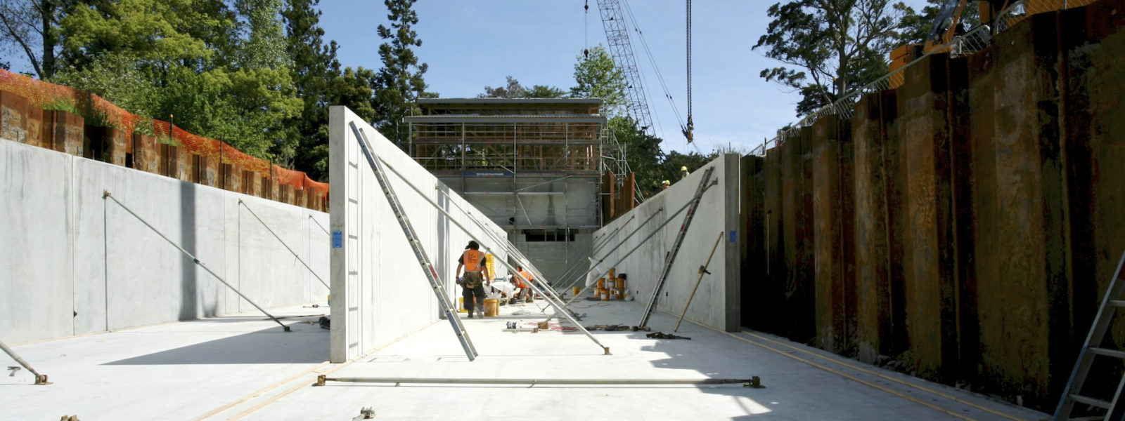 CONCRETE PANELS AND TILT-SLAB CONSTRUCTION - Header Image